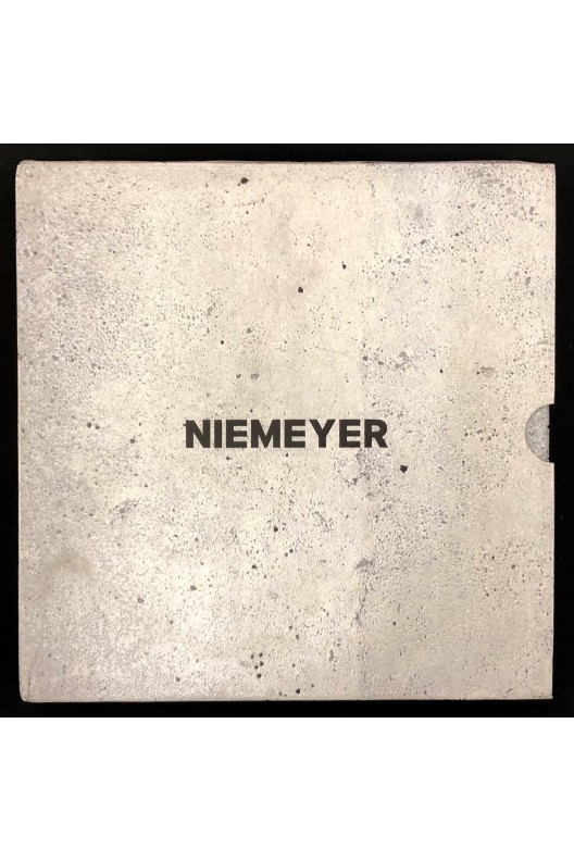 Oscar Niemeyer / catalogue d'exposition