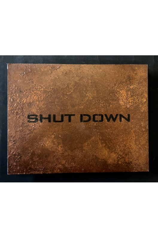 Shut down / Industrial ruins in the east / Christoph Lingg / signed
